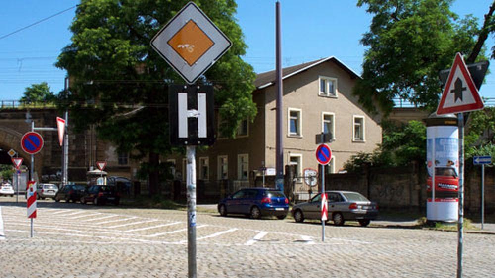 Schilderwald auf dem Bischofsplatz