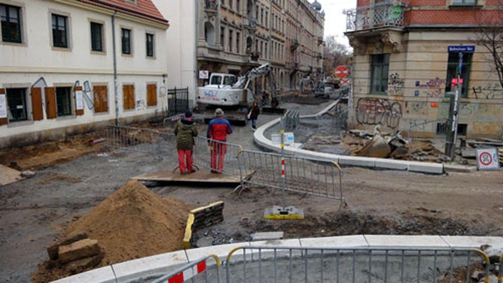 Die Kreuzung zwischen der Alaun- und Sebnitzer Straße nimmt Konturen an.