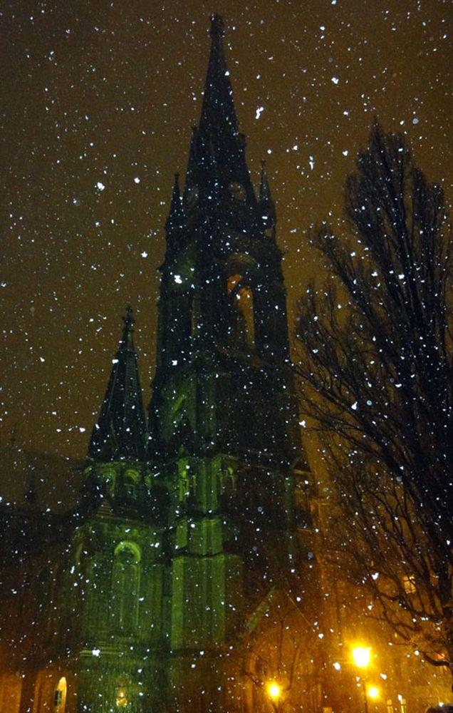 Heute Schneetreiben am Martin-Luther-Platz.
