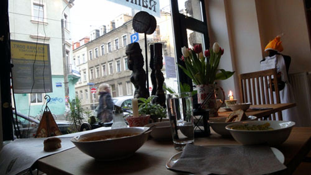 Chamignon-Suppe im Nähkästchen.