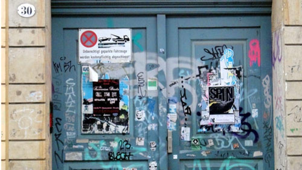 Tür in der Jordanstraße.