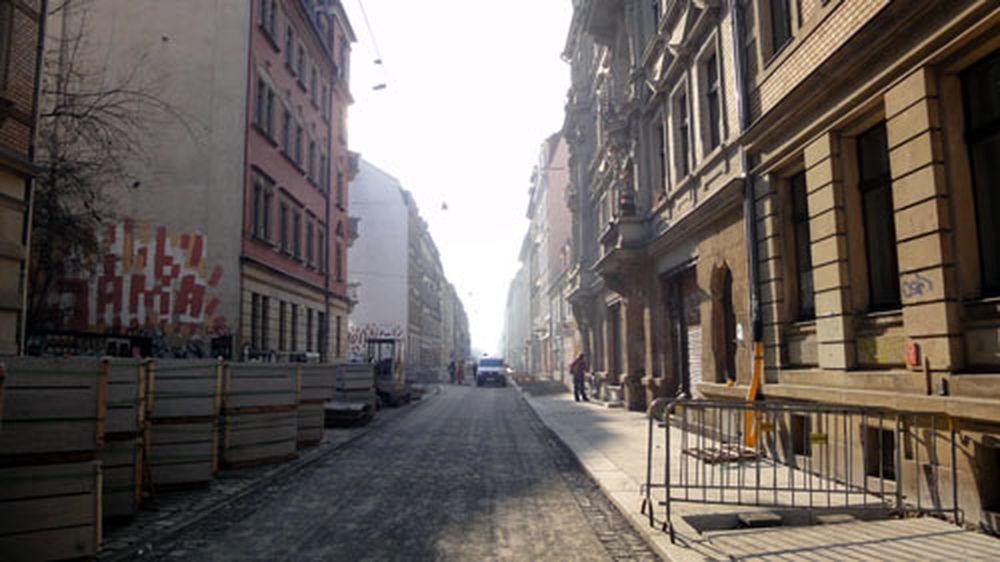 Sonnenschein auf der Alaunstraße.