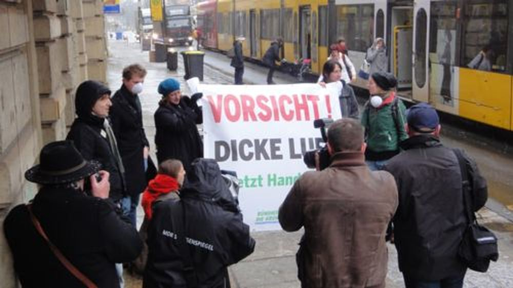 Grüner Protest auf der Bautzner Straße