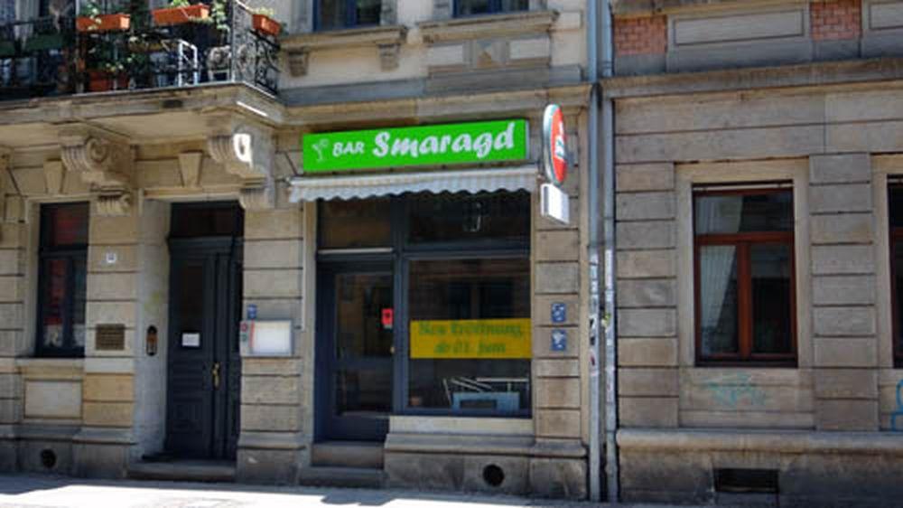 Bar Smaragd, Eröffnung am 2. Juni